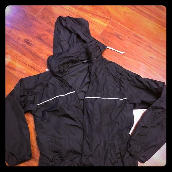 bd3c9703e Eddie Bauer men's rain jacket